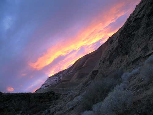 A typical Nevada sunset (typical?)…  FANTASTIC!  God's been painting again!!!